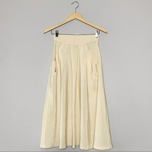 Vintage Skirts - Beautiful cream midi skirt
